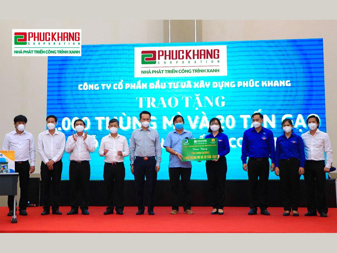 Phuc Khang Corporation ủng hộ 2.000 thùng mì và 20 tấn gạo cho công nhân tỉnh Bình Dương có hoàn cảnh khó khăn bị ảnh hưởng bởi dịch Covid-19