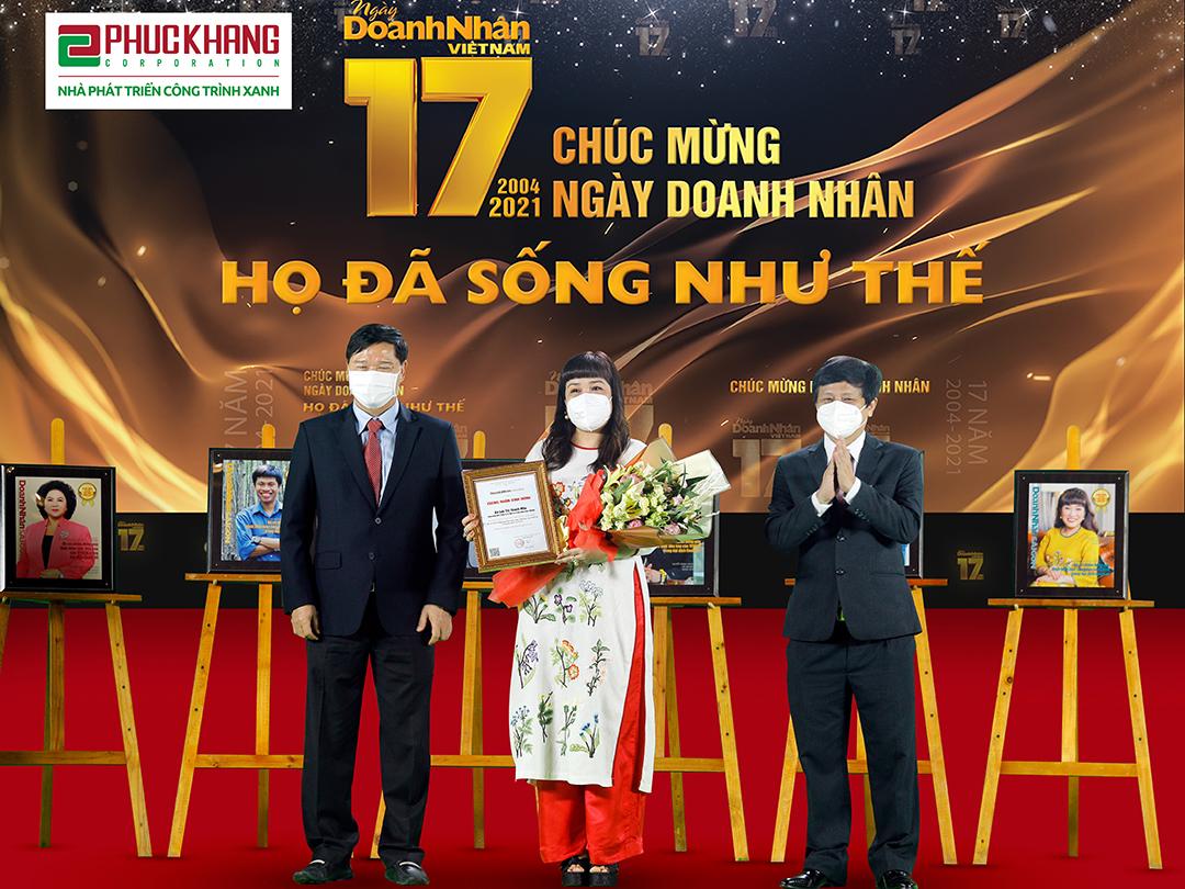 """""""CEO XANH"""" LƯU THỊ THANH MẪU – TOP 10 DOANH NHÂN TRUYỀN CẢM HỨNG NĂM 2021"""