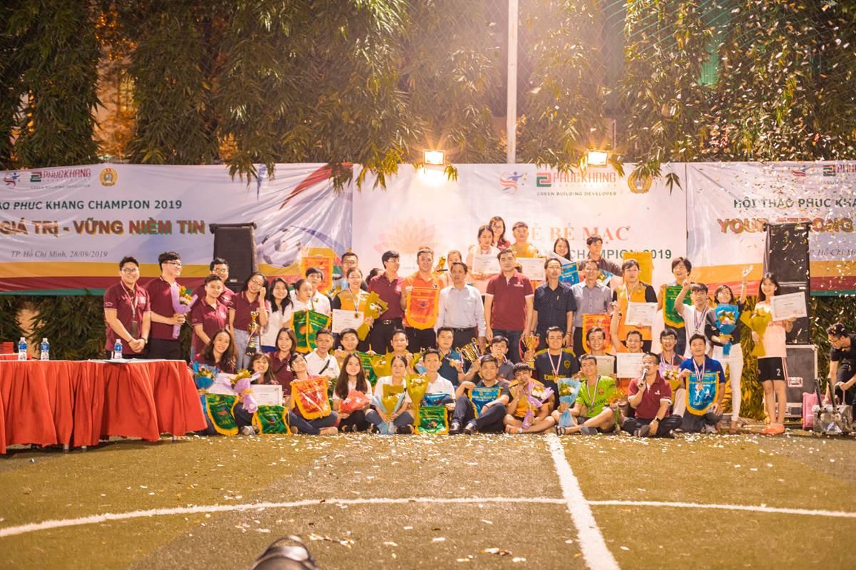 KẾT THÚC HỘI THAO PHUC KHANG CHAMPION 2019: SÀN QUẬN 10 HẠNG NHẤT TOÀN ĐOÀN